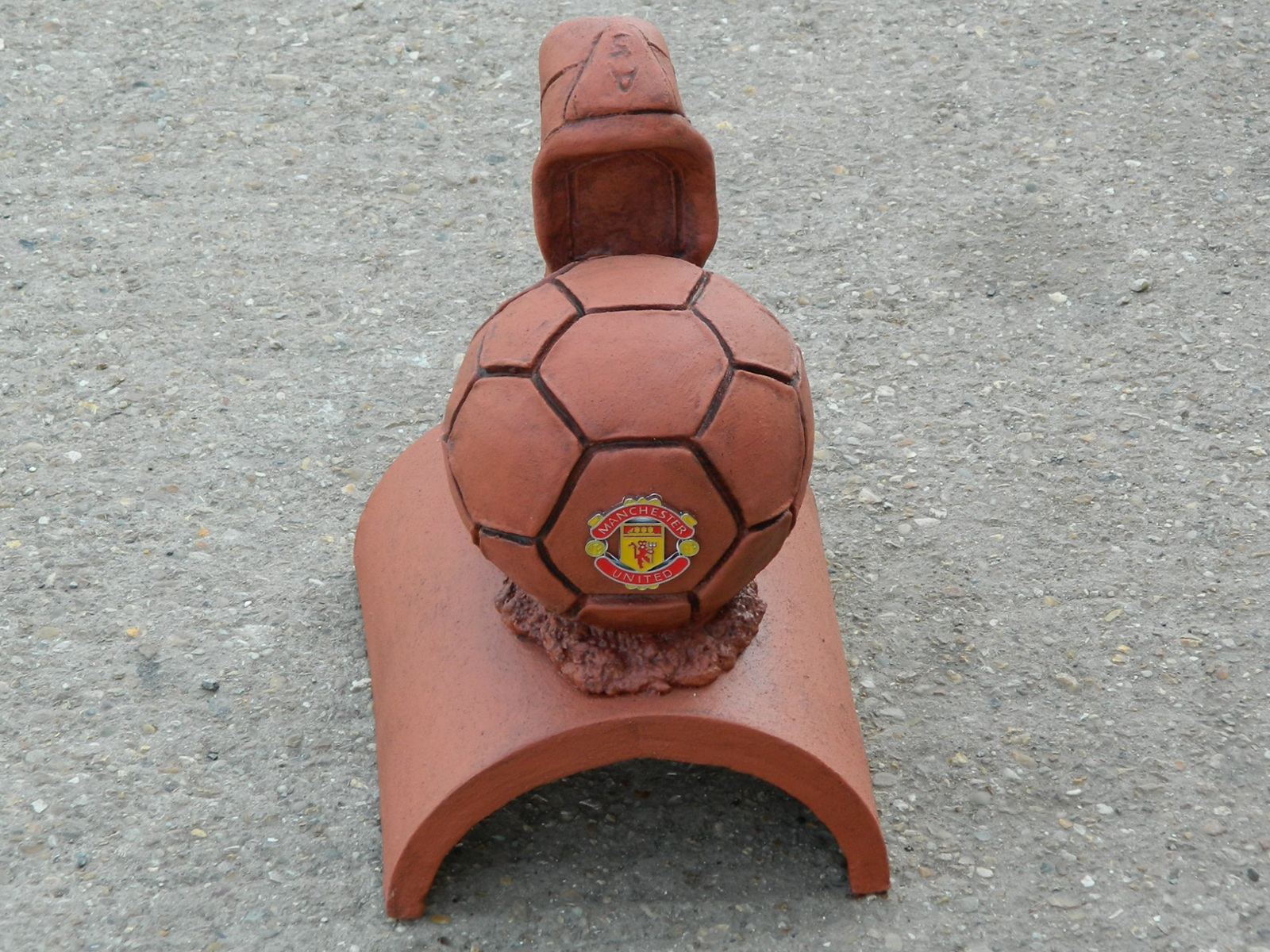 manchester united football roof finial