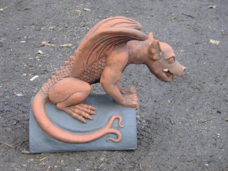 Slate_grey_dragon_finial