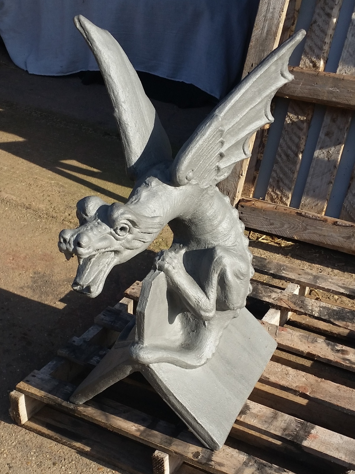 slate grey large wyvern roof finial