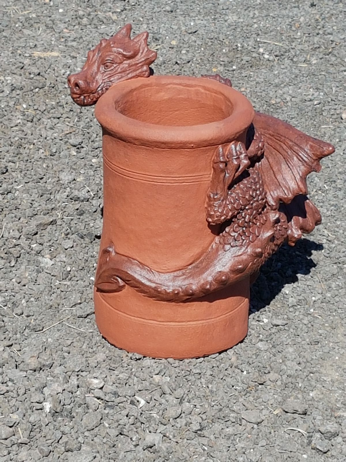 welsh dragon two tone chimney pot