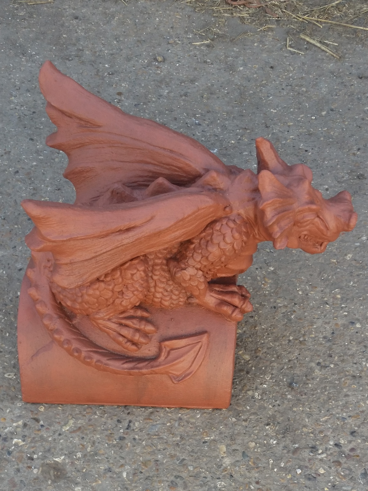 Redland farmhouse red guardian dragon finial