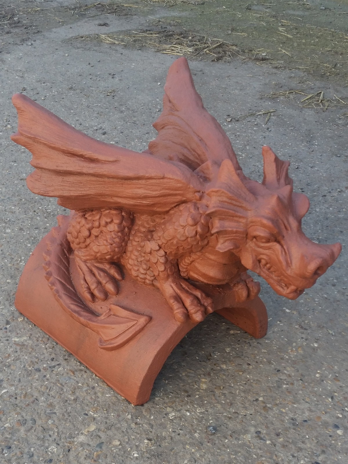 Redland farmhouse red roof dragon finial